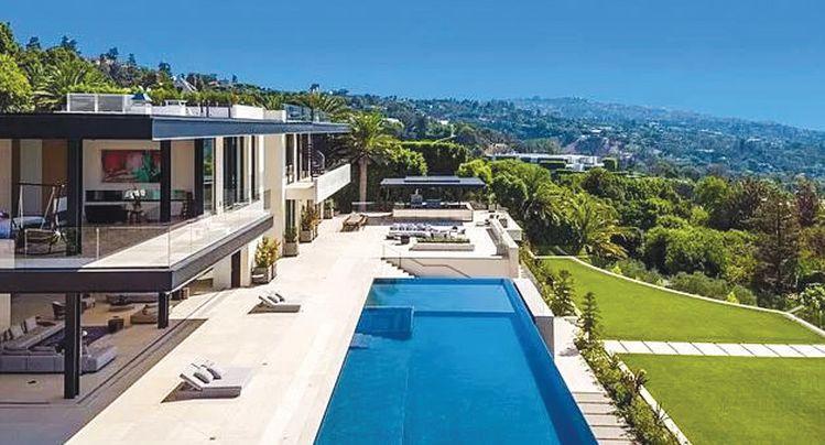 LA 1000만불 넘는 호화주택도 171채 거래